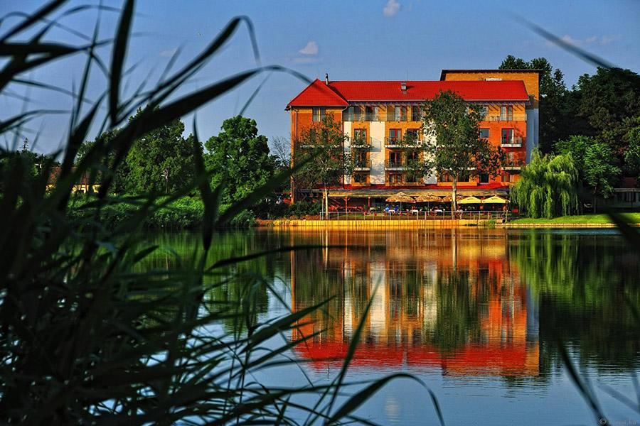 Corvus Hotel Aqua